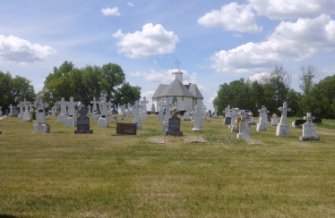 Holy Assumption Chapel and Cemetery
